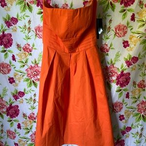 NWT Strapless formal with belt and stitching ruch